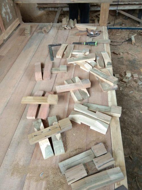 handgefertigter Türriegel Holz