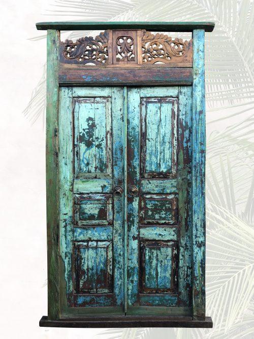 Alfia historische Tür mit wundervollem Farbspiel