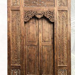 große traditionelle Tür | Portal einzigartig