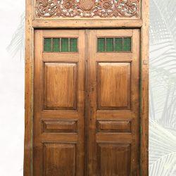antike Tür mit Glaseinsatz