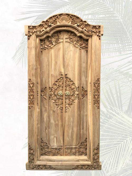 neue traditionelle handgeschnitzte Tür