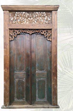 """""""Ahma"""" handgefertigte Holztür mit Zierbekleidung"""
