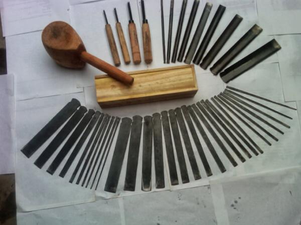 Werkzeuge für Schnitzerei