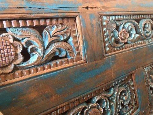 antiker Tuerbogen handgeschnitzt aus Massivholz