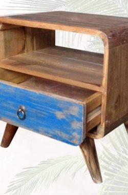 Nachttisch Regal aus altem Teakholz Vintage front
