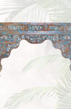antike bettverzierung-als tuerbogen oder deko blau detail