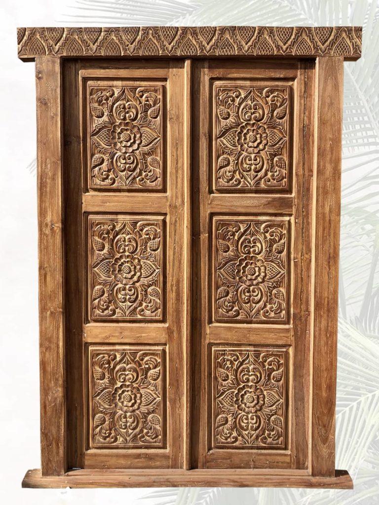 individuell angefertigte antike Türen